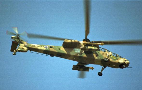 飞机能在空中飞的原理_关于飞机机翼 襟翼,副翼,缝翼
